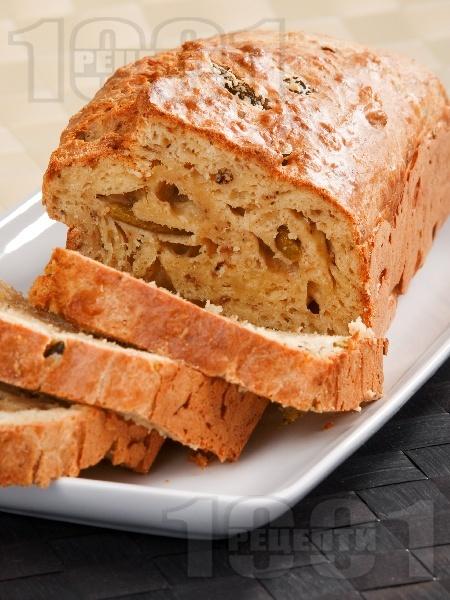 Солен кекс с риба тон и кисели краставички - снимка на рецептата